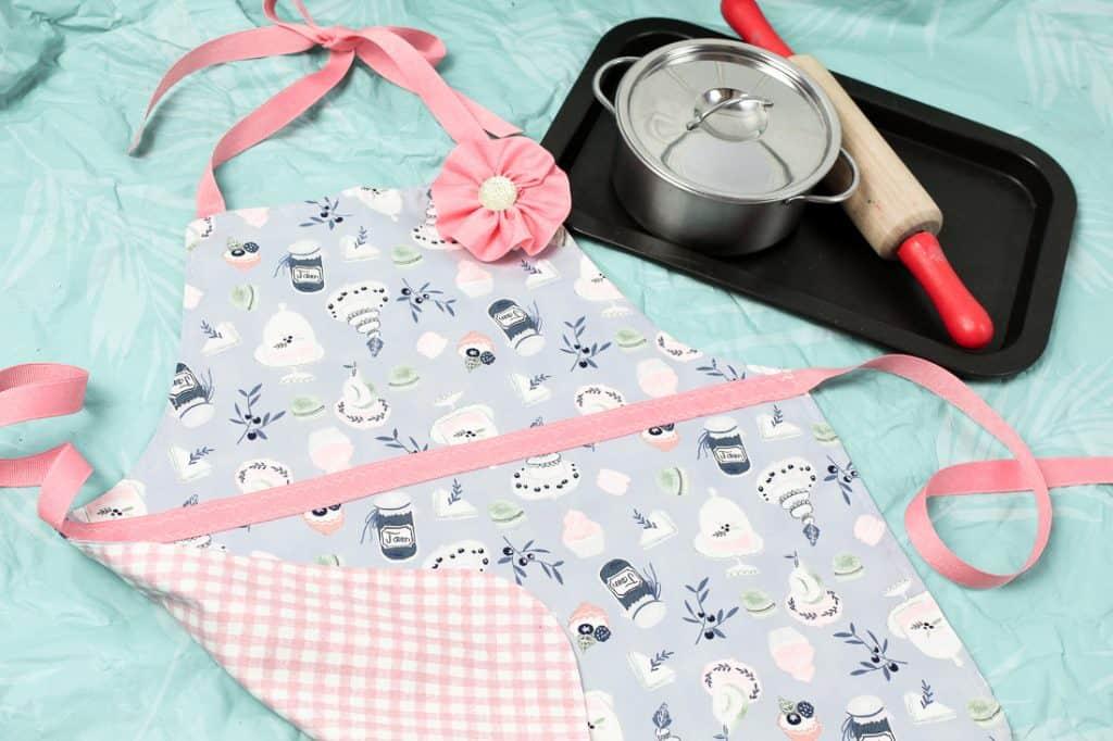 handmade gift toddler apron
